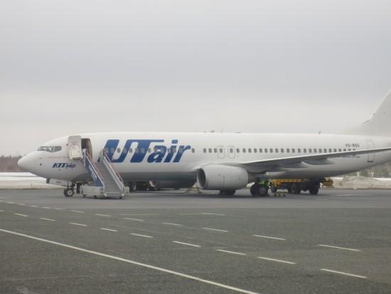 Самолет компании Ю-Тэйр