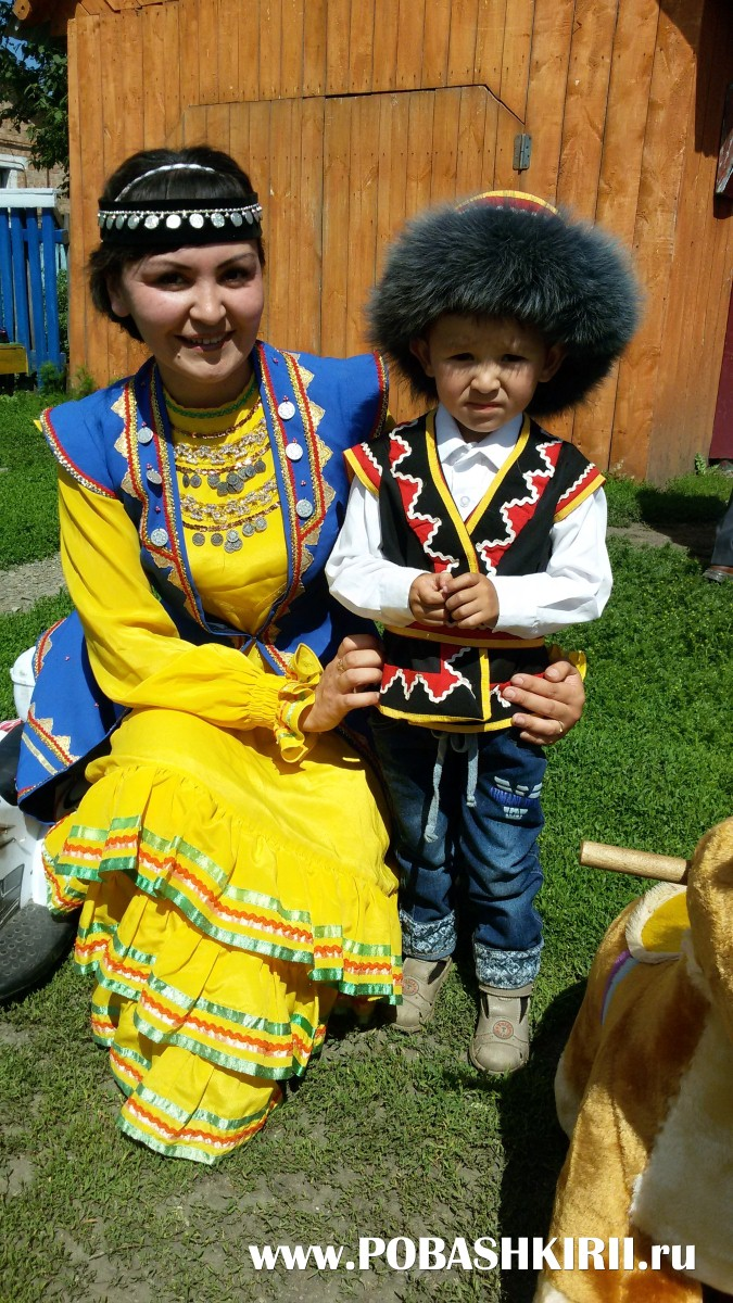 Жители хутора Новохвалынский, Кугарчинский район, Башкортостан